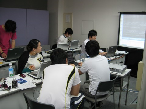 サーバ構築とECサイト立上げを勉強しました