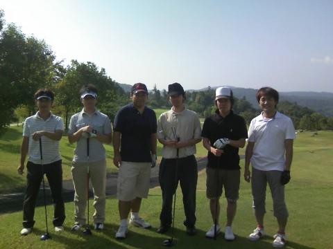 われらYodoqゴルフ部。秋晴れのYodoqオープン最終日。