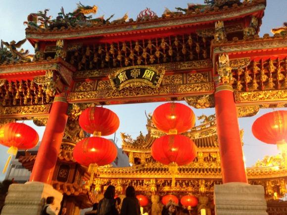 関帝廟って三国志の関羽を祭ったほこら。
